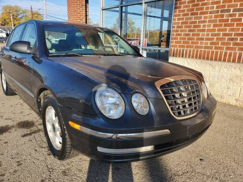 2005 Kia Amanti for sale at Auto Pros in Youngstown OH