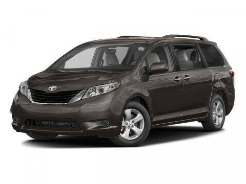 2017 Toyota Sienna for sale at Crown Automotive of Lawrence Kansas in Lawrence KS