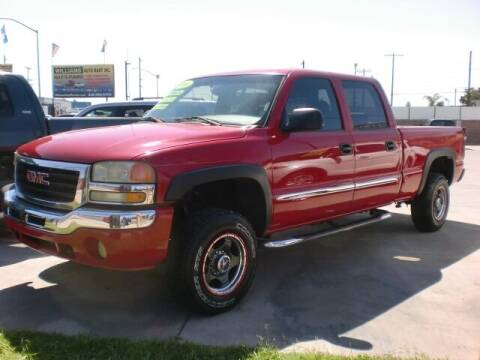 2006 GMC Sierra 1500HD for sale at Williams Auto Mart Inc in Pacoima CA