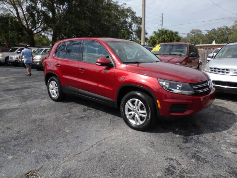 2012 Volkswagen Tiguan for sale at DONNY MILLS AUTO SALES in Largo FL