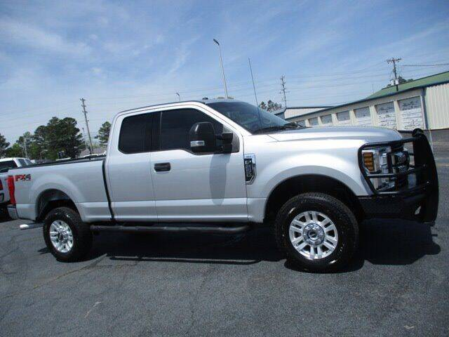 2019 Ford F-250 Super Duty for sale at GOWEN WHOLESALE AUTO in Lawrenceburg TN