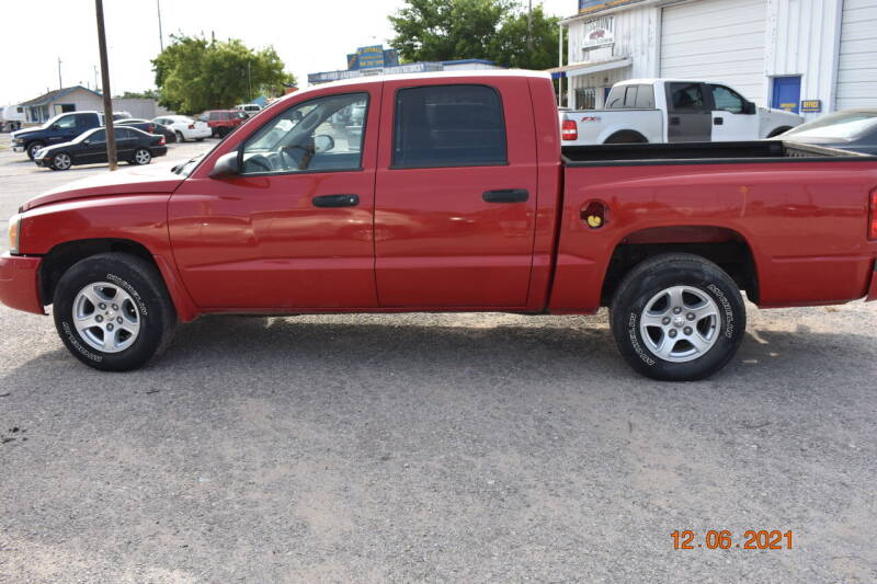 2007 Dodge Dakota for sale at WF AUTOMALL in Wichita Falls TX