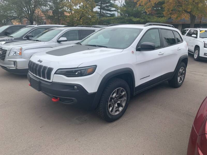 2020 Jeep Cherokee for sale at Leonard Enterprise Used Cars in Orion MI