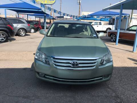 2006 Toyota Avalon for sale at Autos Montes in Socorro TX