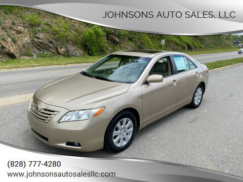 2008 Toyota Camry for sale at Johnsons Auto Sales, LLC in Marshall NC