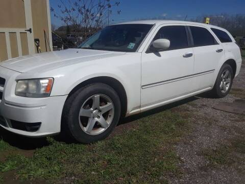 2008 Dodge Magnum for sale at CARZ4YOU.com in Robertsdale AL