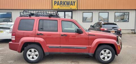 2009 Jeep Liberty for sale at Parkway Motors in Springfield IL