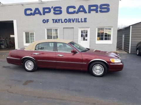 1999 Lincoln Town Car for sale at Caps Cars Of Taylorville in Taylorville IL