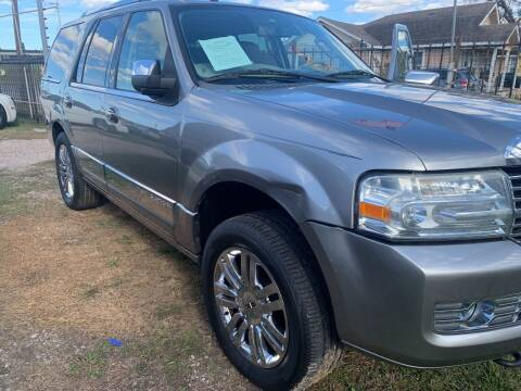 2008 Lincoln Navigator for sale at FAIR DEAL AUTO SALES INC in Houston TX