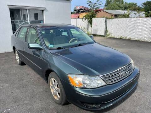 2004 Toyota Avalon for sale at Pinnacle Automotive Group in Roselle NJ