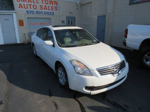 2008 Nissan Altima for sale at Small Town Auto Sales in Hazleton PA
