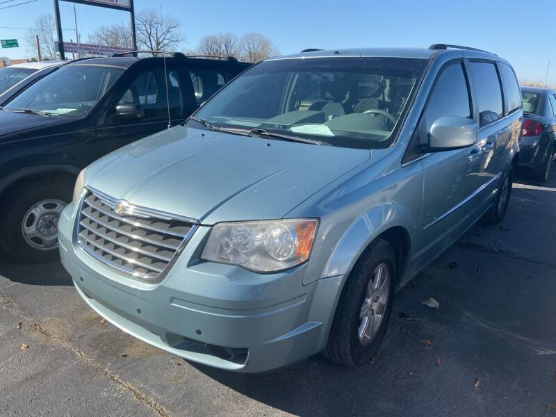2010 Chrysler Town and Country for sale at Sartins Auto Sales in Dyersburg TN