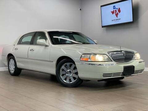 2005 Lincoln Town Car for sale at TX Auto Group in Houston TX