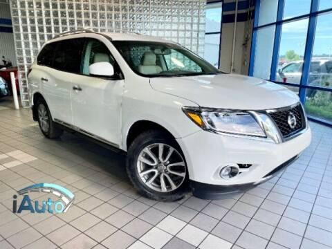 2013 Nissan Pathfinder for sale at iAuto in Cincinnati OH