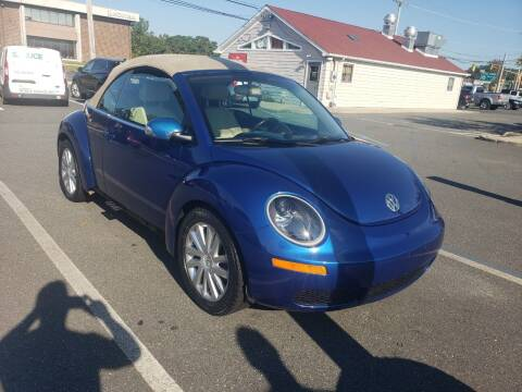 2008 Volkswagen New Beetle Convertible for sale at CRS 1 LLC in Lakewood NJ