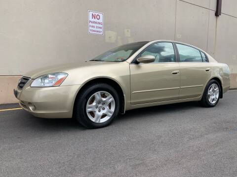 2004 Nissan Altima for sale at International Auto Sales in Hasbrouck Heights NJ