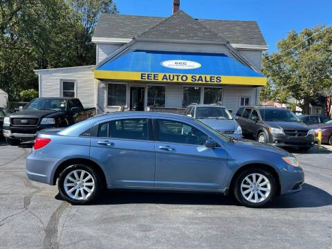 2011 Chrysler 200 for sale at EEE AUTO SERVICES AND SALES LLC in Cincinnati OH