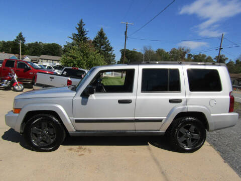 2006 Jeep Commander for sale at Your Next Auto in Elizabethtown PA