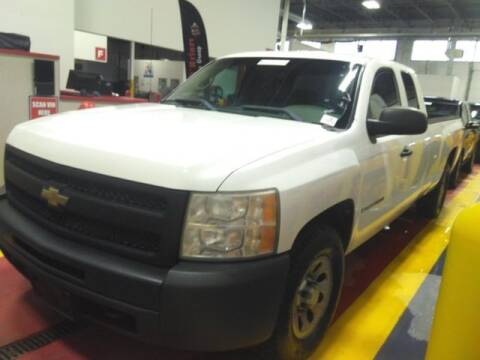 2009 Chevrolet Silverado 1500 for sale at Plymouthe Motors in Leominster MA