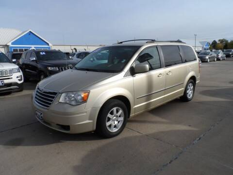 2010 Chrysler Town and Country for sale at America Auto Inc in South Sioux City NE