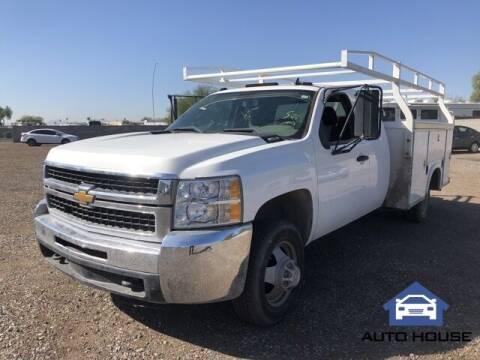 2009 Chevrolet Silverado 3500HD CC for sale at Auto House Phoenix in Peoria AZ