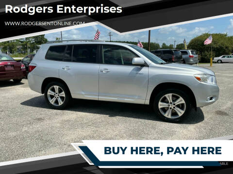 2008 Toyota Highlander for sale at Rodgers Enterprises in North Charleston SC