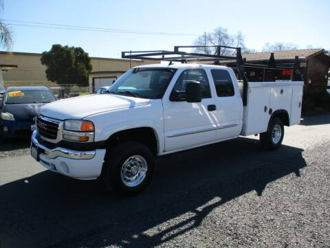 2007 GMC Sierra 2500HD Classic for sale at Manzanita Car Sales in Gridley CA
