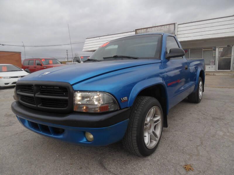 2000 Dodge Dakota for sale at VEST AUTO SALES in Kansas City MO