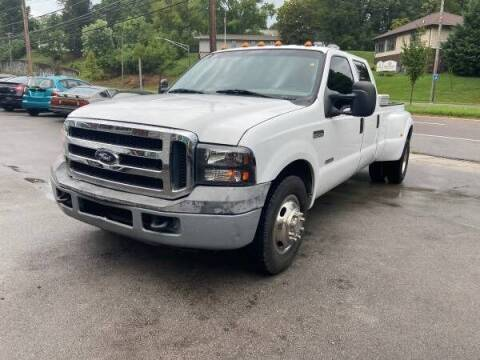 2006 Ford F-350 Super Duty for sale at North Knox Auto LLC in Knoxville TN