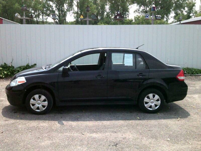 2009 Nissan Versa for sale at Chaddock Auto Sales in Rochester MN
