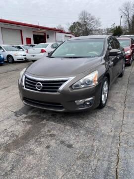 2013 Nissan Altima for sale at LAKE CITY AUTO SALES - Jonesboro in Morrow GA