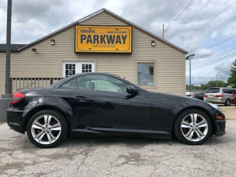 2011 Mercedes-Benz SLK for sale at Parkway Motors in Springfield IL
