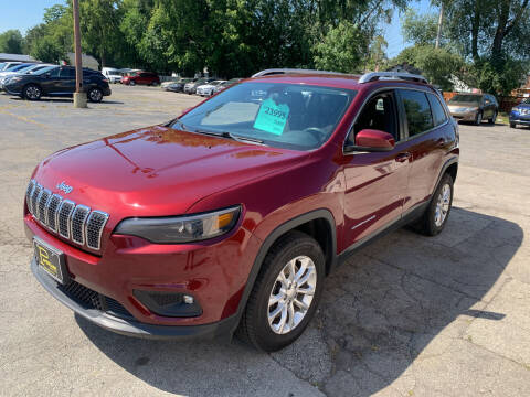 2019 Jeep Cherokee for sale at PAPERLAND MOTORS - Fresh Inventory in Green Bay WI