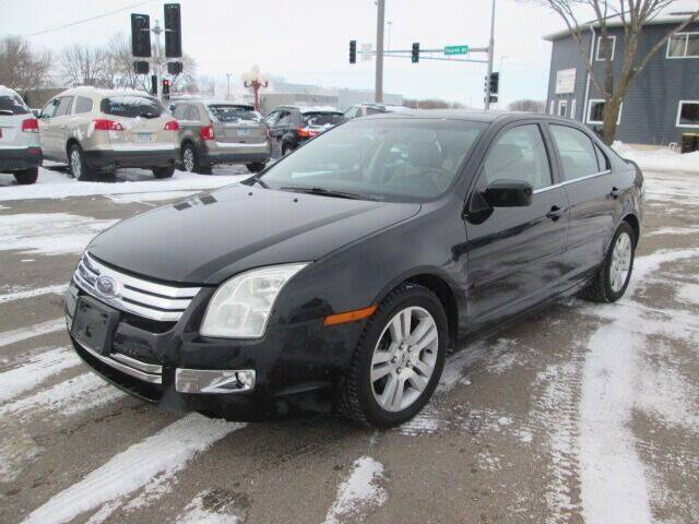 2006 Ford Fusion for sale at SCHULTZ MOTORS in Fairmont MN