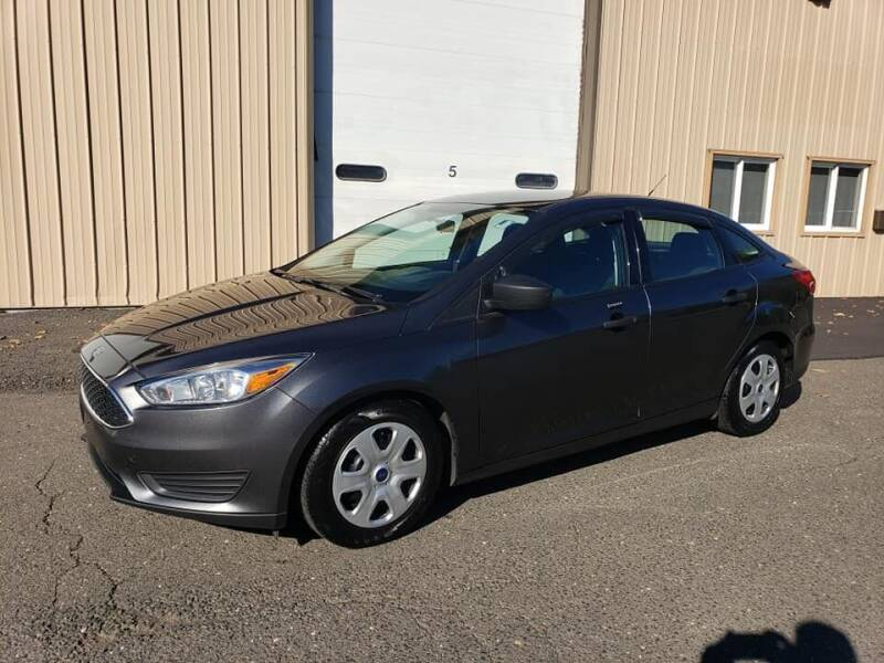 2016 Ford Focus for sale at Massirio Enterprises in Middletown CT