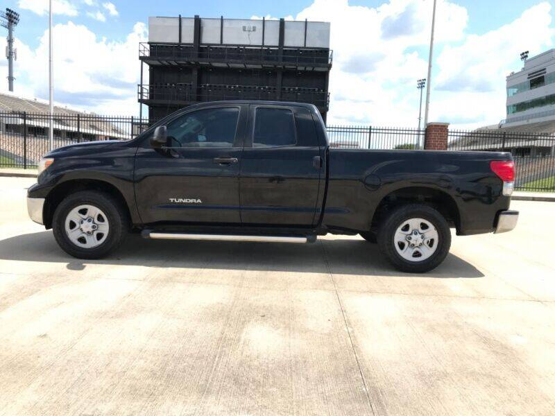 2009 Toyota Tundra for sale at ALL AMERICAN FINANCE AND AUTO in Houston TX