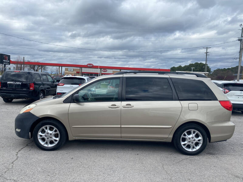 2006 Toyota Sienna for sale at Smooth Solutions 2 LLC in Springdale AR