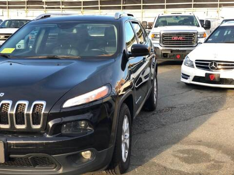 2015 Jeep Cherokee for sale at Top Gear Cars LLC in Lynn MA