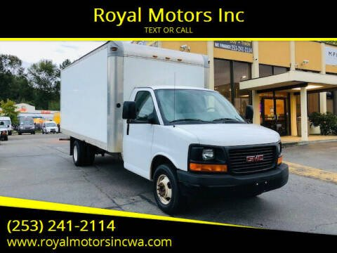 2005 GMC Savana Cutaway for sale at Royal Motors Inc in Kent WA