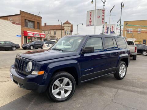 2012 Jeep Patriot for sale at Latino Motors in Aurora IL