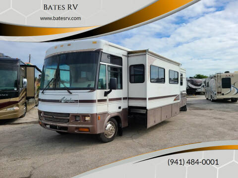 2000 Winnebago Adventurer for sale at Bates RV in Venice FL