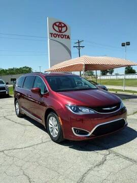 2017 Chrysler Pacifica for sale at Quality Toyota in Independence KS