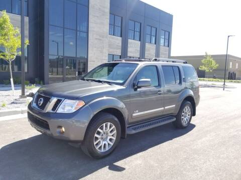2008 Nissan Pathfinder for sale at FRESH TREAD AUTO LLC in Springville UT