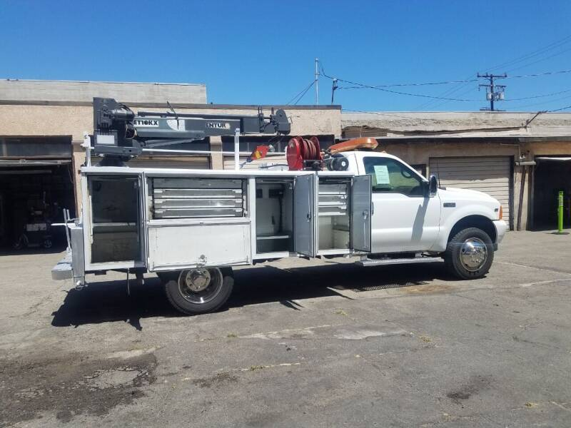 2001 Ford F-450 Super Duty for sale at Vehicle Center in Rosemead CA