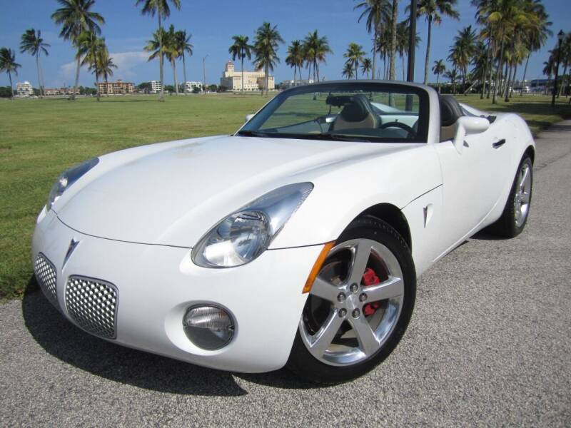 2007 Pontiac Solstice for sale at FLORIDACARSTOGO in West Palm Beach FL