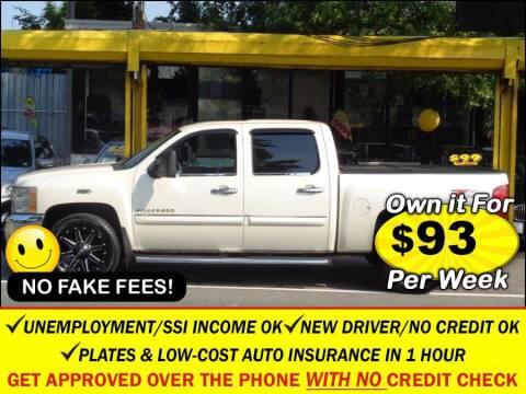 2013 Chevrolet Silverado 1500 for sale at AUTOFYND in Elmont NY