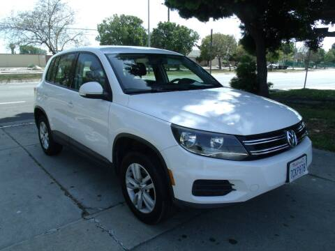 2014 Volkswagen Tiguan for sale at Hollywood Auto Brokers in Los Angeles CA