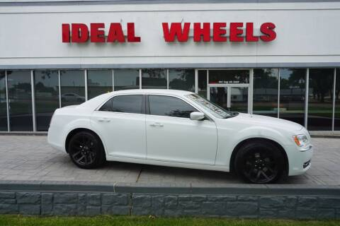2014 Chrysler 300 for sale at Ideal Wheels in Sioux City IA