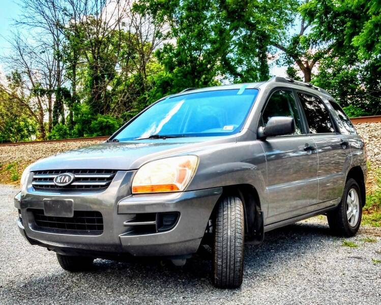 2008 Kia Sportage for sale at Abingdon Auto Specialist Inc. in Abingdon VA