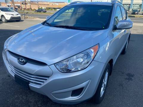 2012 Hyundai Tucson for sale at MAGIC AUTO SALES in Little Ferry NJ